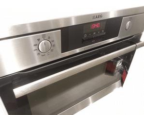 Deschouwwitgoed - AEG inbouw oven